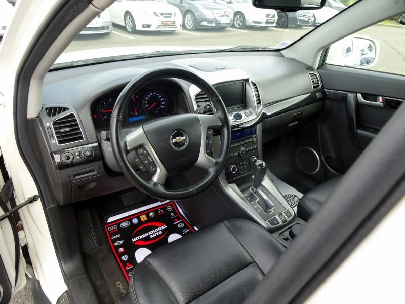 Photo 15 de l'offre de CHEVROLET CAPTIVA 2.2 VCDI184 LTZ BA AWD à 10990€ chez International Auto Auneau