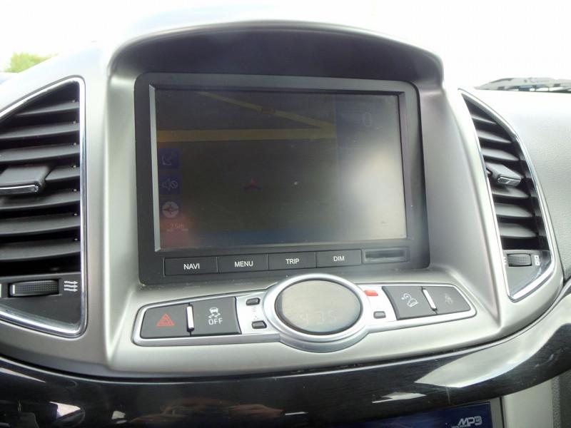 Photo 9 de l'offre de CHEVROLET CAPTIVA 2.2 VCDI184 LTZ BA AWD à 10990€ chez International Auto Auneau