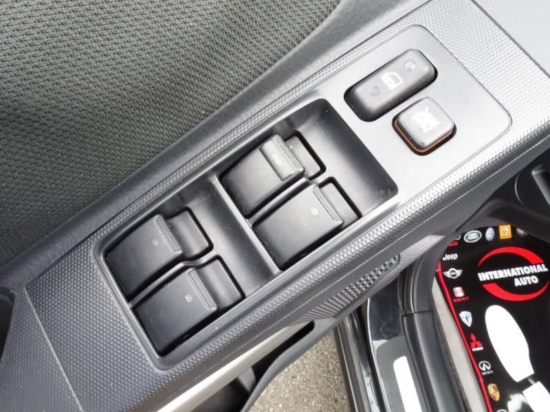Photo 6 de l'offre de TOYOTA COROLLA VERSO 177 D-4D CLEAN POWER 7 PLACES à 6490€ chez International Auto Auneau