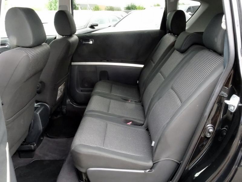 Photo 10 de l'offre de TOYOTA COROLLA VERSO 177 D-4D CLEAN POWER 7 PLACES à 6490€ chez International Auto Auneau