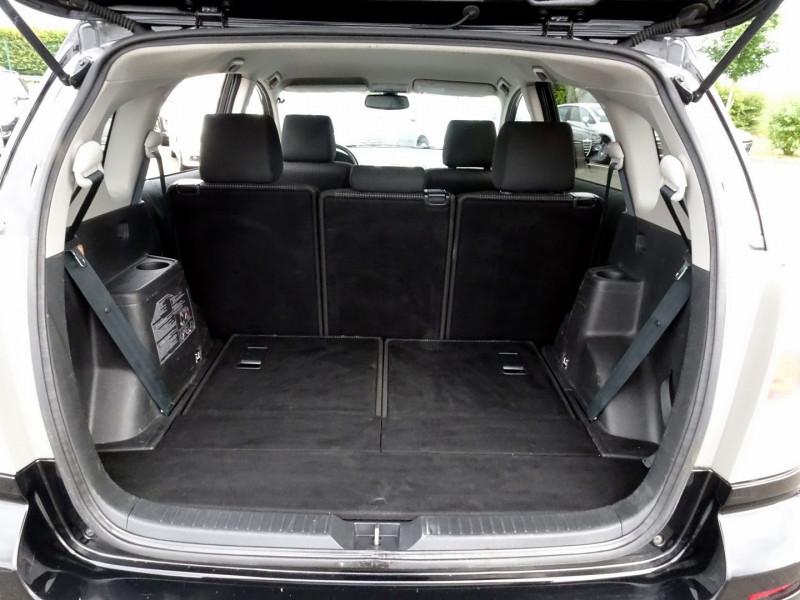 Photo 14 de l'offre de TOYOTA COROLLA VERSO 177 D-4D CLEAN POWER 7 PLACES à 6490€ chez International Auto Auneau