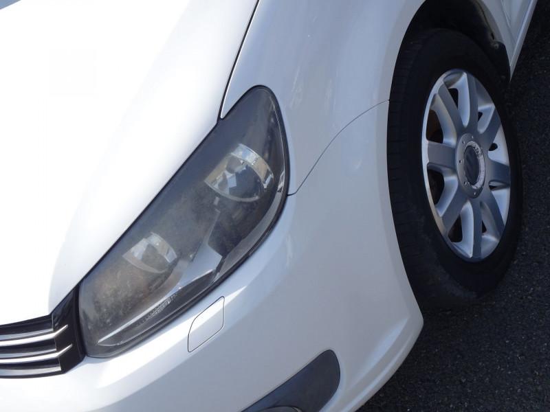 Photo 3 de l'offre de VOLKSWAGEN TOURAN 2.0 TDI 140CH CONFORTLINE 7 PLACES à 8890€ chez International Auto Auneau