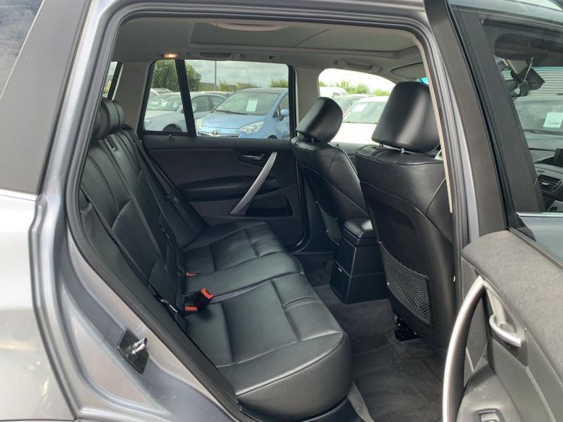 Photo 3 de l'offre de BMW X3 (E83) 3.0DA 218CH LUXE à 11490€ chez International Auto Auneau