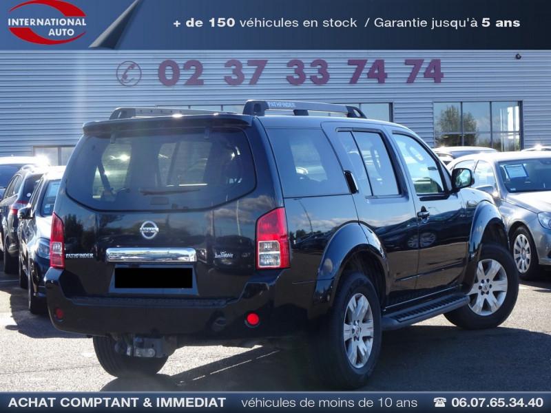 Photo 2 de l'offre de NISSAN PATHFINDER 2.5 DCI 174CH ELEGANCE à 12990€ chez International Auto Auneau