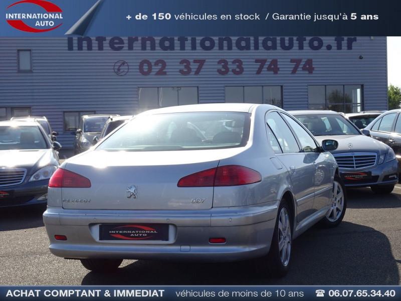 Photo 2 de l'offre de PEUGEOT 607 2.7 V6 HDI EXECUTIVE PACK à 5890€ chez International Auto Auneau