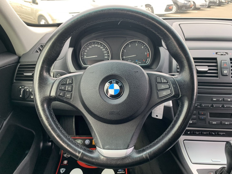Photo 7 de l'offre de BMW X3 (E83) 3.0DA 218CH LUXE à 11490€ chez International Auto Auneau