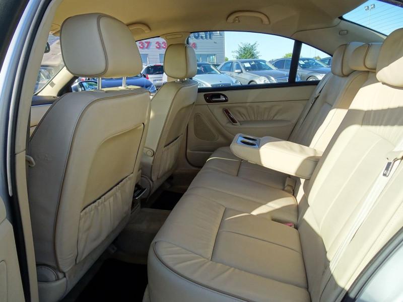 Photo 18 de l'offre de PEUGEOT 607 2.7 V6 HDI EXECUTIVE PACK à 5890€ chez International Auto Auneau