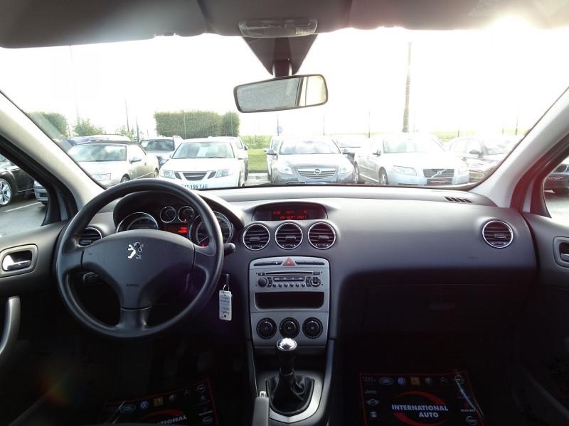 Photo 6 de l'offre de PEUGEOT 308 1.4 VTI 16V CONFORT PACK 5P à 5390€ chez International Auto Auneau