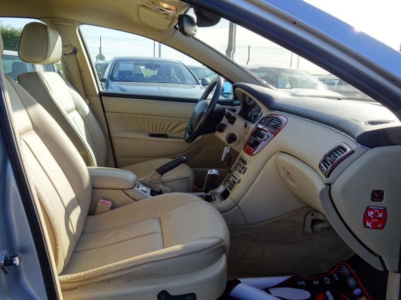 Photo 6 de l'offre de PEUGEOT 607 2.7 V6 HDI EXECUTIVE PACK à 5890€ chez International Auto Auneau