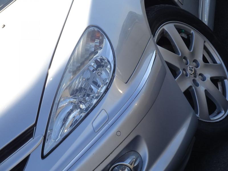 Photo 4 de l'offre de PEUGEOT 607 2.7 V6 HDI EXECUTIVE PACK à 5890€ chez International Auto Auneau