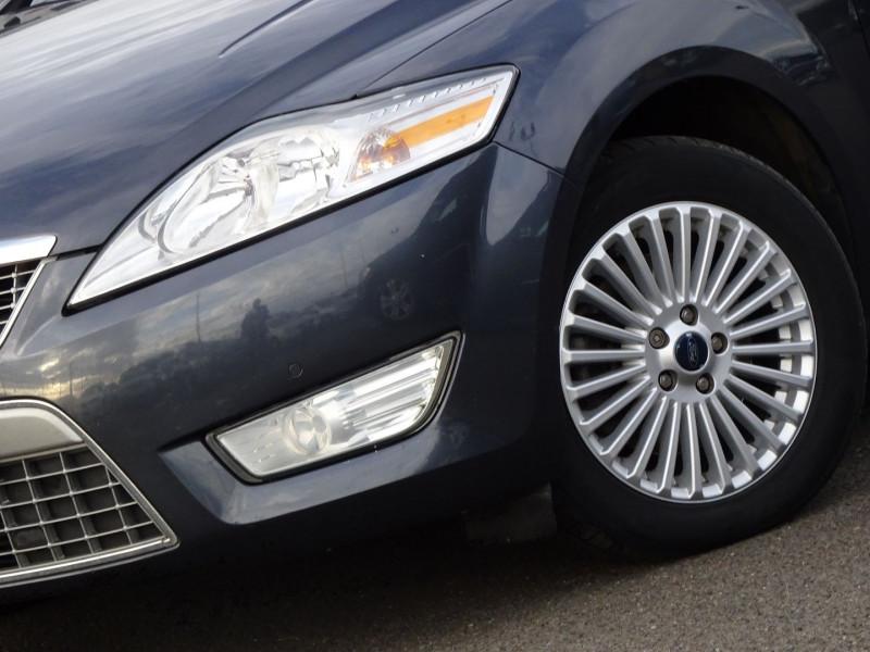 Photo 3 de l'offre de FORD MONDEO SW 2.0 TDCI 140CH DPF TITANIUM à 5790€ chez International Auto Auneau