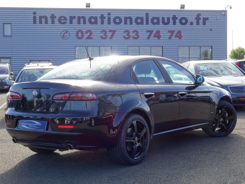 Photo 2 de l'offre de ALFA ROMEO 159 2.4 JTD200 20V DISTINCTIVE  QTRONIC à 8690€ chez International Auto Auneau