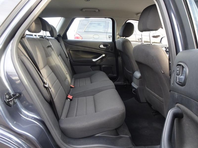 Photo 7 de l'offre de FORD MONDEO SW 2.0 TDCI 140CH DPF TITANIUM à 5790€ chez International Auto Auneau
