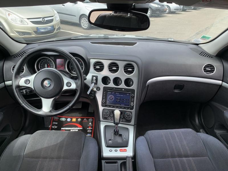 Photo 10 de l'offre de ALFA ROMEO 159 2.4 JTD200 20V DISTINCTIVE  QTRONIC à 8690€ chez International Auto Auneau