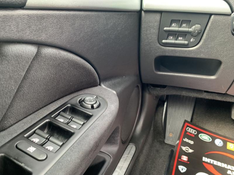 Photo 17 de l'offre de ALFA ROMEO 159 2.4 JTD200 20V DISTINCTIVE  QTRONIC à 8690€ chez International Auto Auneau