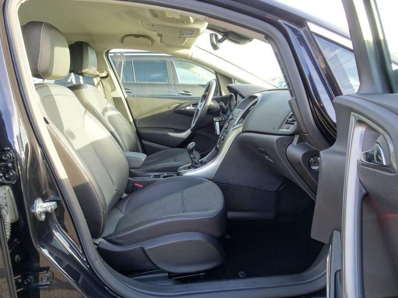 Photo 9 de l'offre de OPEL ASTRA 1.7 CDTI110 FAP COSMO à 7290€ chez International Auto Auneau