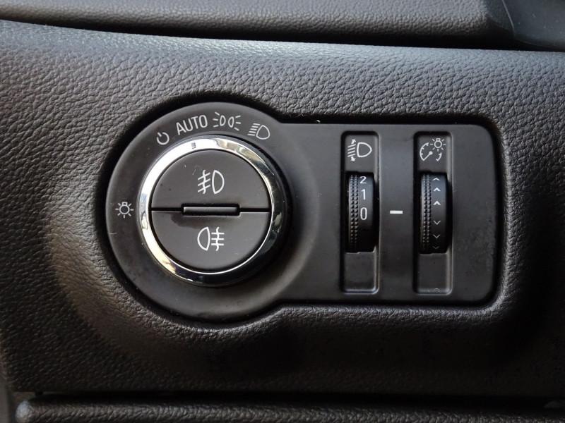 Photo 12 de l'offre de OPEL ASTRA 1.7 CDTI110 FAP COSMO à 7290€ chez International Auto Auneau