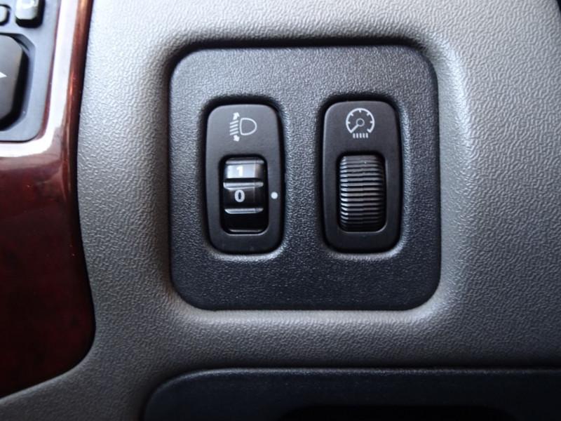 Photo 12 de l'offre de MITSUBISHI PAJERO 3.2 DI-D160 INTENSE BA LONG à 14490€ chez International Auto Auneau