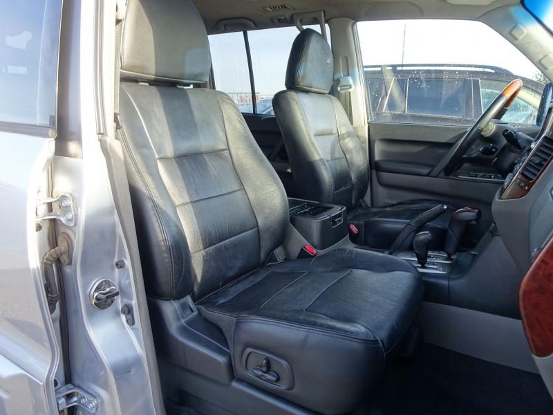 Photo 8 de l'offre de MITSUBISHI PAJERO 3.2 DI-D160 INTENSE BA LONG à 14490€ chez International Auto Auneau