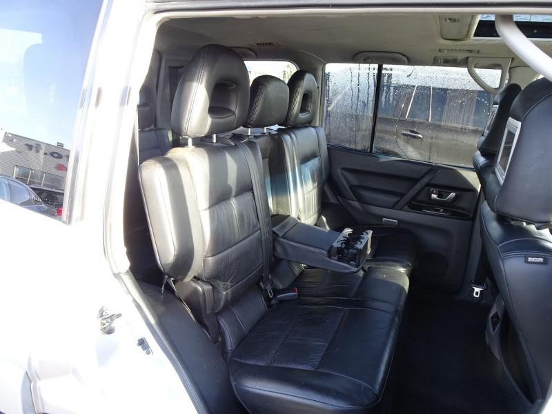 Photo 6 de l'offre de MITSUBISHI PAJERO 3.2 DI-D160 INTENSE BA LONG à 14490€ chez International Auto Auneau