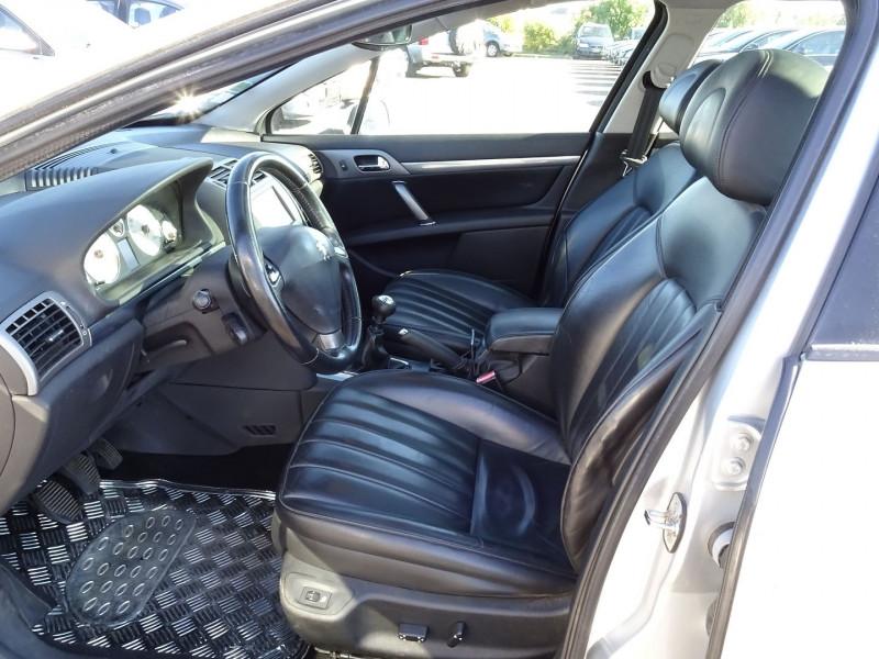 Photo 2 de l'offre de PEUGEOT 407 SW 2.0 HDI136 GRIFFE à 5890€ chez International Auto Auneau