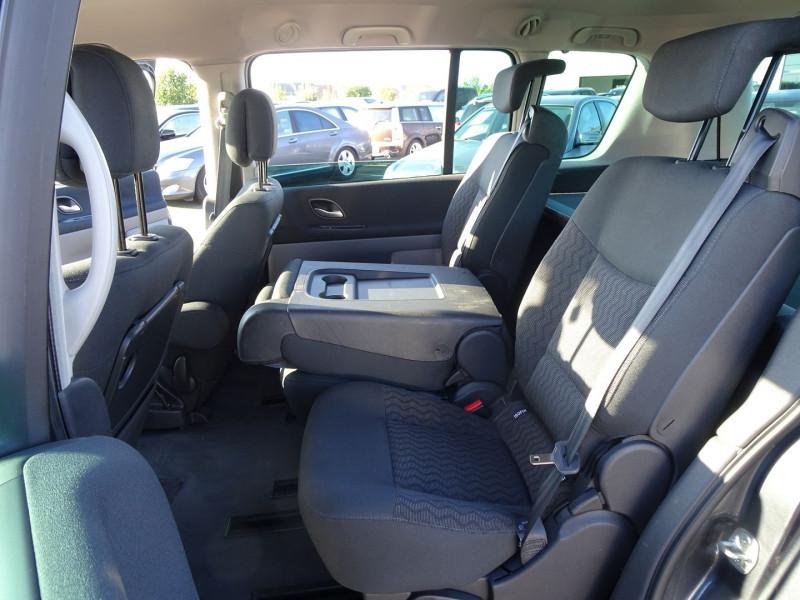Photo 20 de l'offre de RENAULT ESPACE IV 2.0 DCI 130CH EXPRESSION à 7690€ chez International Auto Auneau