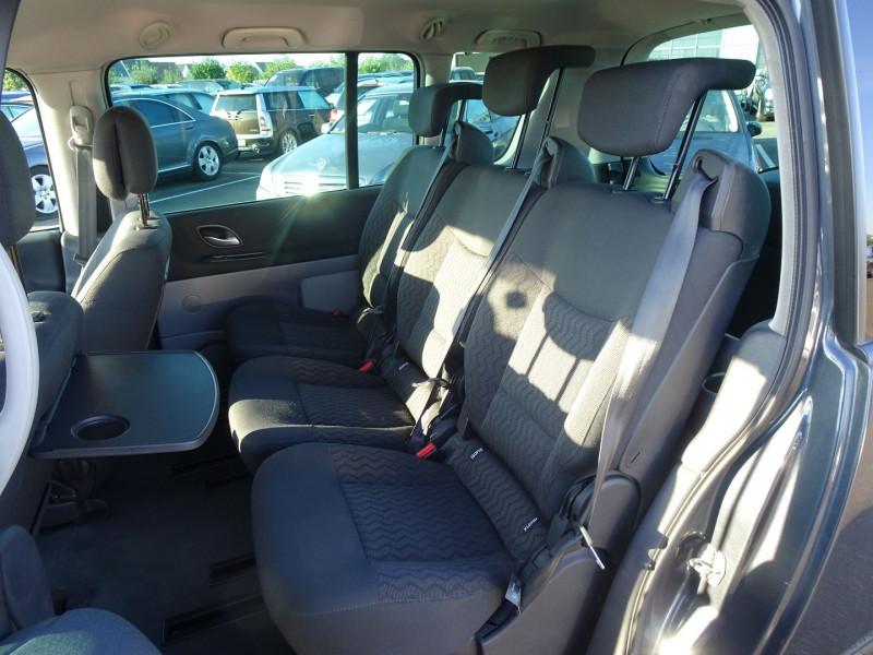 Photo 13 de l'offre de RENAULT ESPACE IV 2.0 DCI 130CH EXPRESSION à 7690€ chez International Auto Auneau