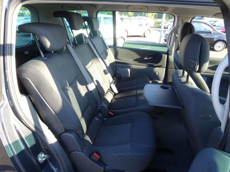 Photo 15 de l'offre de RENAULT ESPACE IV 2.0 DCI 130CH EXPRESSION à 7690€ chez International Auto Auneau