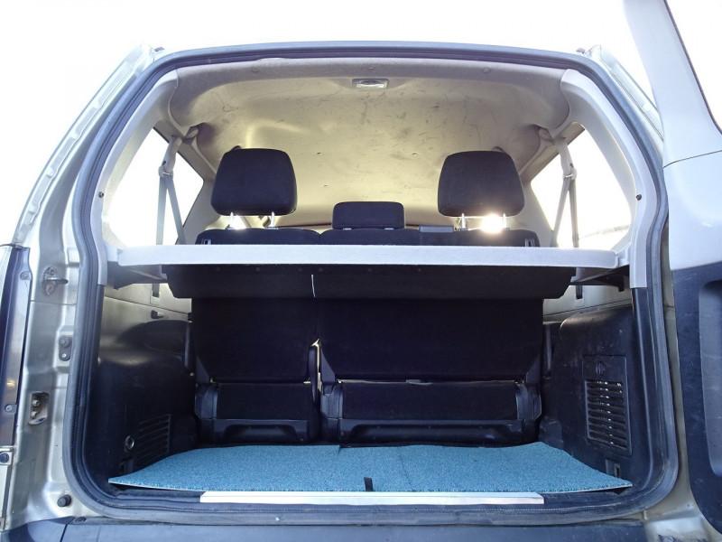 Photo 7 de l'offre de MITSUBISHI PAJERO 3.2 DI-D170 INTENSE BA 3P à 12890€ chez International Auto Auneau