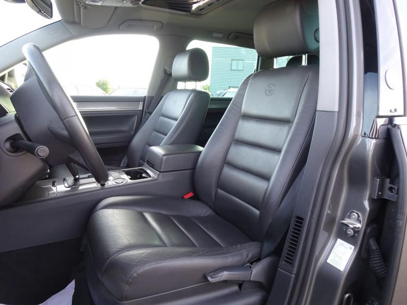 Photo 3 de l'offre de VOLKSWAGEN TOUAREG 3.0 V6 TDI 240CH DPF CARAT TIPTRONIC à 14990€ chez International Auto Auneau