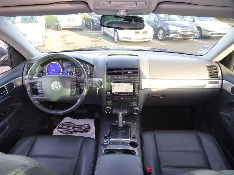 Photo 19 de l'offre de VOLKSWAGEN TOUAREG 3.0 V6 TDI 240CH DPF CARAT TIPTRONIC à 14990€ chez International Auto Auneau
