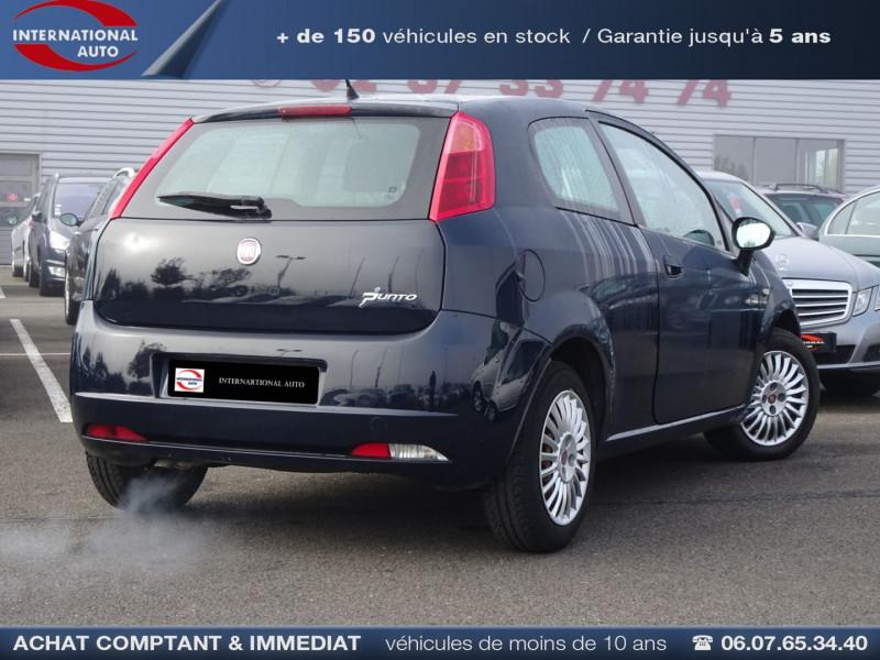 Photo 2 de l'offre de FIAT PUNTO 1.3 MULTIJET 16V 70CH CULT II 3P à 3890€ chez International Auto Auneau