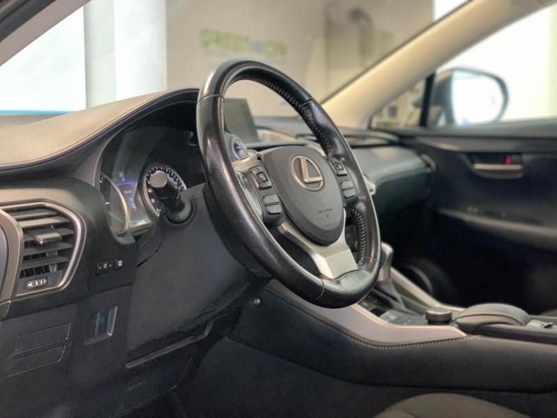 Photo 7 de l'offre de LEXUS NX 300H 2WD BUSINESS à 22500€ chez Greencar France