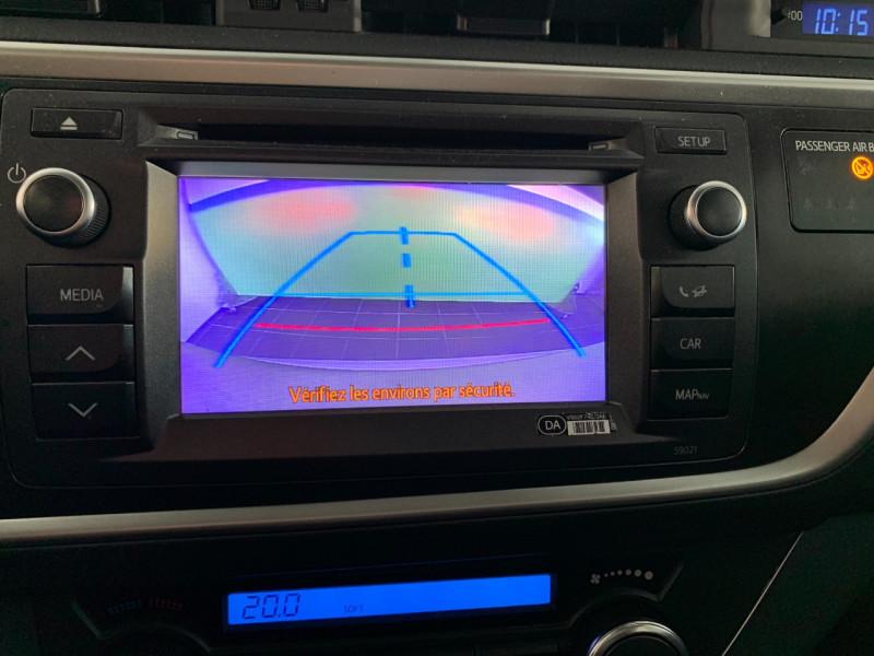 Photo 12 de l'offre de TOYOTA AURIS HSD 136H BUSINESS 15  à 11980€ chez Greencar France