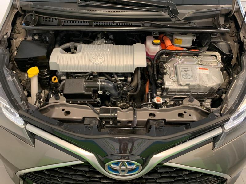 Photo 14 de l'offre de TOYOTA YARIS HSD 100H COLLECTION 5P à 11480€ chez Greencar France