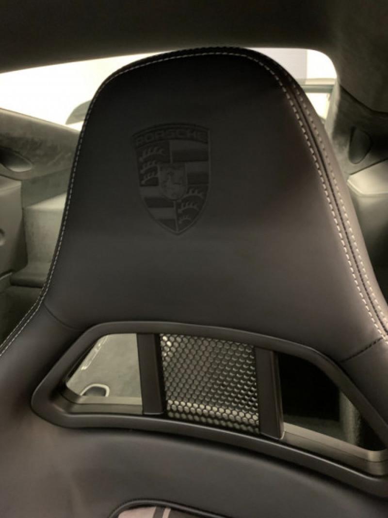 Photo 20 de l'offre de PORSCHE 911 COUPE (991) 4.0 500CH GT3 PDK à 149900€ chez Greencar France