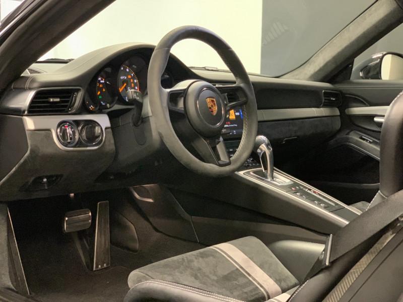 Photo 15 de l'offre de PORSCHE 911 COUPE (991) 4.0 500CH GT3 PDK à 149900€ chez Greencar France