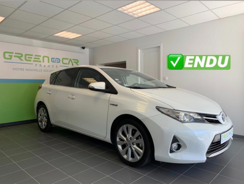 Toyota AURIS HSD 136H DYNAMIC Hybride BLANC Occasion à vendre