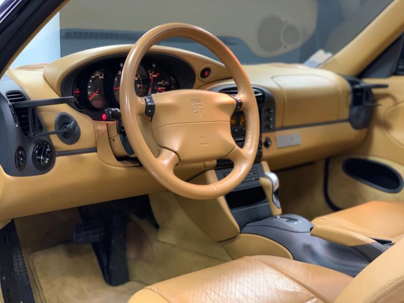 Photo 27 de l'offre de PORSCHE 911 COUPE (996) 300CH CARRERA S TIPTRONIC à 33000€ chez Greencar France