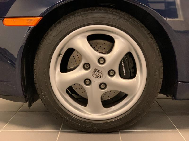 Photo 21 de l'offre de PORSCHE 911 COUPE (996) 300CH CARRERA S TIPTRONIC à 33000€ chez Greencar France