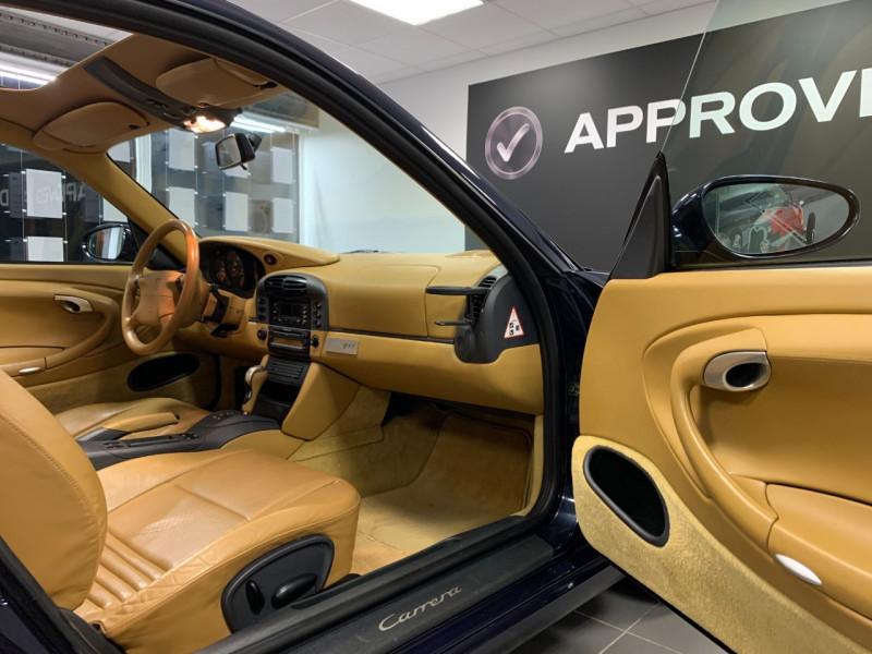 Photo 24 de l'offre de PORSCHE 911 COUPE (996) 300CH CARRERA S TIPTRONIC à 33000€ chez Greencar France