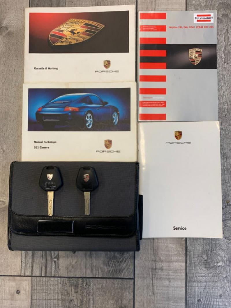 Photo 17 de l'offre de PORSCHE 911 COUPE (996) 300CH CARRERA S TIPTRONIC à 33000€ chez Greencar France