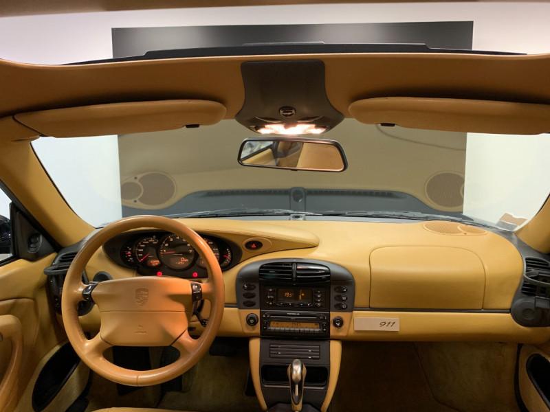 Photo 23 de l'offre de PORSCHE 911 COUPE (996) 300CH CARRERA S TIPTRONIC à 33000€ chez Greencar France