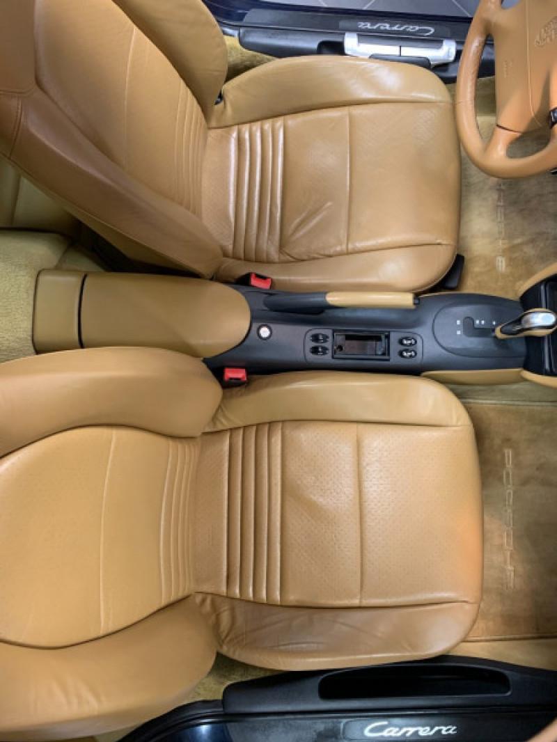 Photo 28 de l'offre de PORSCHE 911 COUPE (996) 300CH CARRERA S TIPTRONIC à 33000€ chez Greencar France