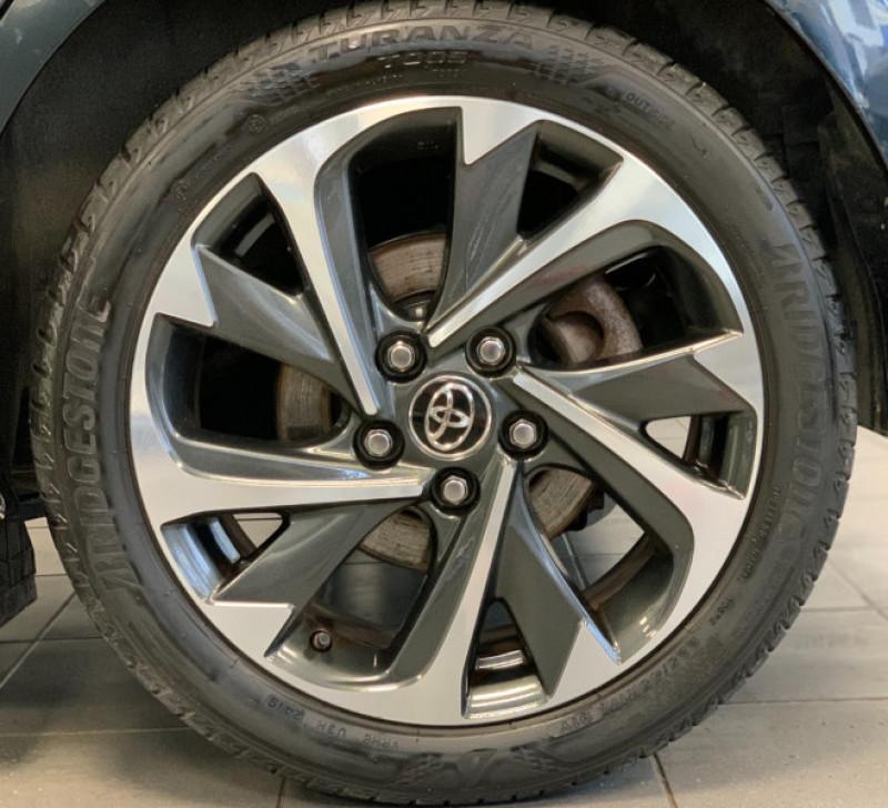 Photo 5 de l'offre de TOYOTA AURIS HSD 136H DESIGN BUSINESS à 11980€ chez Greencar France