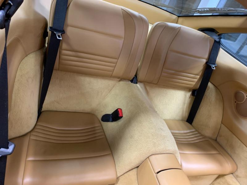 Photo 25 de l'offre de PORSCHE 911 COUPE (996) 300CH CARRERA S TIPTRONIC à 33000€ chez Greencar France