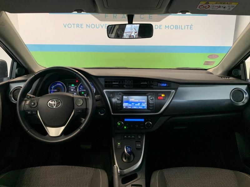 Photo 8 de l'offre de TOYOTA AURIS HSD 136H DYNAMIC à 12700€ chez Greencar France
