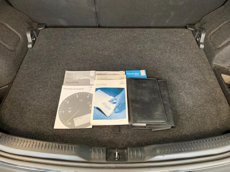 Photo 12 de l'offre de TOYOTA AURIS HSD 136H DYNAMIC à 12700€ chez Greencar France