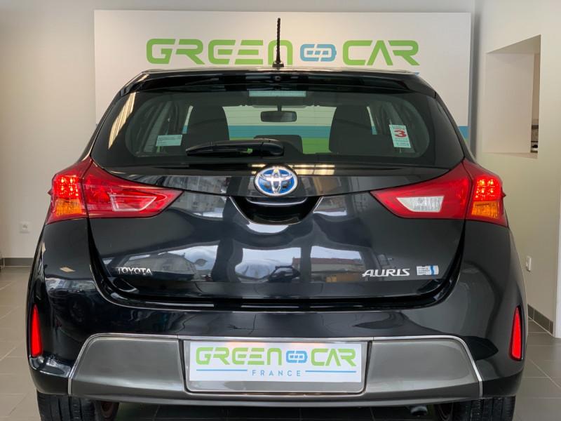 Photo 5 de l'offre de TOYOTA AURIS HSD 136H DYNAMIC à 12700€ chez Greencar France