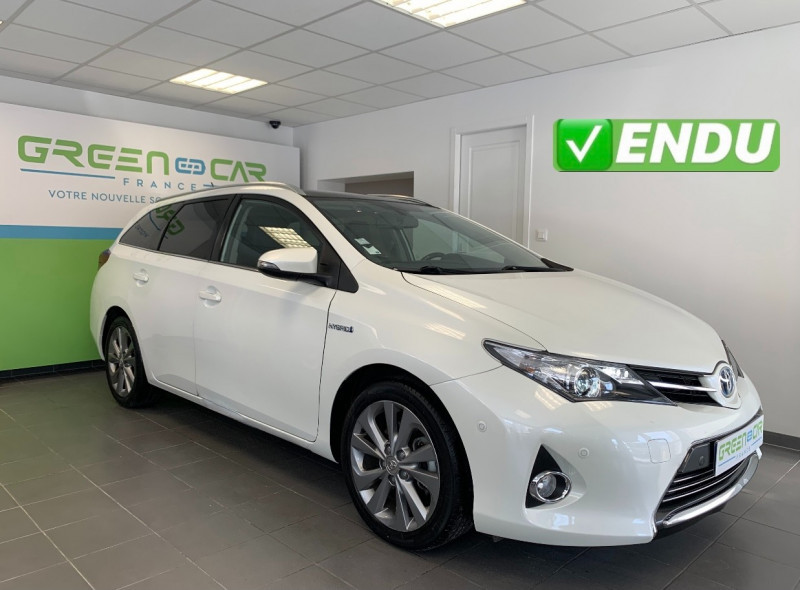 Toyota AURIS TOURING SPORTS HSD 136H STYLE Hybride BLANC Occasion à vendre